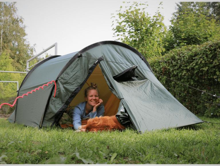 Nuku yö ulkona – vaikka takapihalla